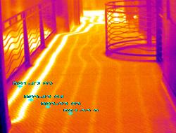 筑物内的地热管路.png